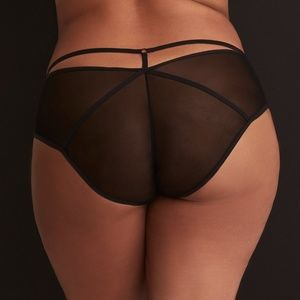 Torrid Black Fishnet & Lace Strappy Panty N104